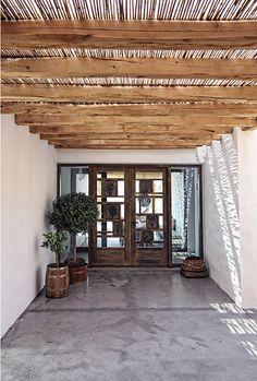 Amazing Summer home in Greece / Increíble casa de descanso en Grecia // casahaus.net