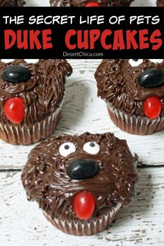 How cute and easy are these The Secret Life of Pets Duke Cupcakes! Perfect for a fun pet themed party or movie night!