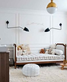 Interior: Glamorous modern nursery Exchange ideas and find inspiration on interior decor and design tips, home organization ideas, decorating on a budget, decor trends, and more. Deco Kids, Nursery Neutral, White Nursery, Neutral Nurseries, Modern Nurseries, Nursery Modern, Modern Kids Rooms, French Nursery, Nurseries Baby