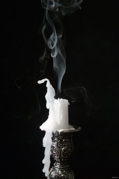 Black and White Photography, Why it is so Beautiful – PhotoTakes Gothic Aesthetic, Slytherin Aesthetic, Witch Aesthetic, Smoke Photography, Creative Photography, Black White Photos, Black And White Photography, Photo Bougie, Rauch Tattoo