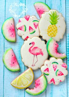 46 ideas for cupcakes decoration summer royal icing Luau Cookies, Super Cookies, Galletas Cookies, Fancy Cookies, Iced Cookies, Birthday Cookies, Cupcake Cookies, Icing Cupcakes, Cookie Favors