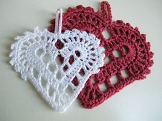 The 'Swedish hearts' free pattern now in English