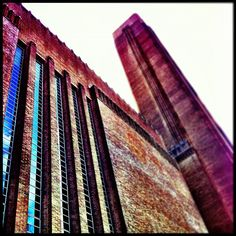 Tate Modern in London, Greater London - only the building is already worth paying a visit. London Map, London Places, Switch House, Greater London, Ap Art, Art History, Steel Frame, Architecture, Rust