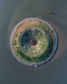 Bizarre Photos Of Rarely Seen Places And Structures Captured With A Drone Offering A New Perspective Of Our Beautiful Planet – Design You Trust Aerial Photography, Nature Photography, Planet Design, Bizarre Photos, Aerial Arts, Aerial Drone, Birds Eye View, New Perspective, Aerial View