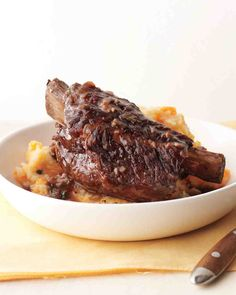 Beef Short Ribs with Potato-Carrot Mash - replace flour with coconut flour