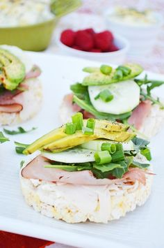 Open Face Rice Cake Sandwiches - http://breezybakes.com/open-face-rice-cake-sandwiches/