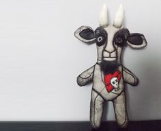 Hey, I found this really awesome Etsy listing at https://www.etsy.com/ca/listing/83297168/gothic-horror-doll-creepy-scary-plush