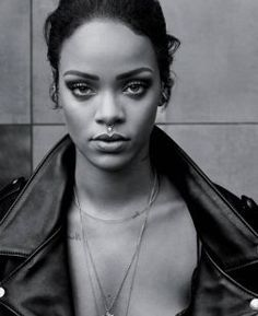 """Rihanna iguala recorde de Elvis Presley nos EUA com """"This Is What You Came For"""" #Billboard, #CalvinHarris, #Cantora, #Carreira, #Dance, #Dj, #ElvisPresley, #Hot, #Hot100, #M, #Madonna, #MichaelJackson, #Nome, #Noticias, #Novidade, #Popzone, #PrimeiroLugar, #Rapper, #Rihanna, #Single, #Top10 http://popzone.tv/2016/06/rihanna-iguala-recorde-de-elvis-presley-nos-eua-com-this-is-what-you-came-for.html"""