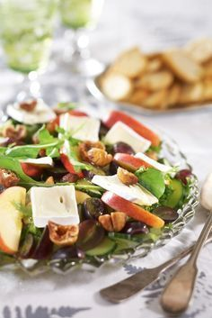 Hedelmäinen viikuna-juustosalaatti | K-ruoka #joulu Salad Recipes For Dinner, Healthy Salad Recipes, Vegetarian Recipes, Healthy Food, Just Eat It, Food For A Crowd, Everyday Food, Food Videos, Food Inspiration