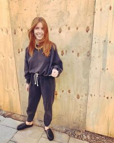 From joggers and trainers to hoodies and faux fur coats, Stacey Dooley's loungewear capsule proves casual clothes can look so chic. Capsule Outfits, Capsule Wardrobe, Stacy Dooley, Clothing Staples, Leopard Coat, Who What Wear, Minimalist Fashion, Lounge Wear, Celebrity Style