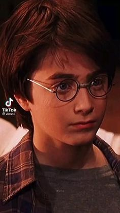 Harry Potter Gif, Harry Potter Monopoly, Daniel Radcliffe Harry Potter, Harry Potter Jk Rowling, Harry Potter Artwork, Harry Potter Pictures, Harry Potter Wallpaper, Harry Potter Universal, Harry Potter Collection