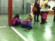 Xocolatada de Santa Cecília als baixos del Mercat (22-11-2013)