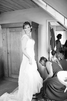 #vintageWeddingGown, #CountryWedding, #JulesMorganPhotography
