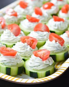 These fresh Dilly Cucumber Bites make a great healthy appetizer. Cucumber slices… These fresh Dilly Cucumber Bites make a great healthy appetizer. Cucumber slices are topped with a fresh dill cream cheese and yogurt mixture, and finished with a juicy cher Light Appetizers, Appetizers For Party, Appetizer Recipes, Appetizer Ideas, Easy Party Snacks, Bunco Snacks, Birthday Appetizers, Bridal Shower Appetizers, Simple Appetizers