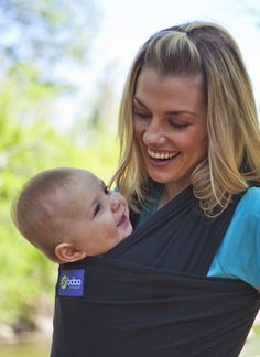 Boba Baby Wrap: Free of buckles, straps or snap, simply tie the material snug against your body for a perfect fit! Thanks to @Divya Silbermann (Bhaskaran)! #Baby_Carrier #Boba