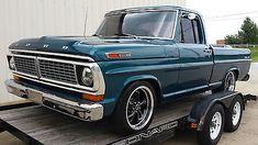 old ford trucks Ford Pickup Trucks, New Trucks, Custom Trucks, Lifted Trucks, Cool Trucks, Lifted Ford, Ford 4x4, Dually Trucks, Ford Bronco