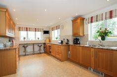 Wood Street, Milverton, Taunton - 4 bedroom detached house - Fox & Sons