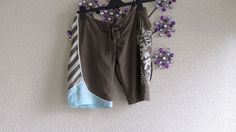 Fox  Khaki Brown Lace Up  Front    Long Shorts Size 10 -12