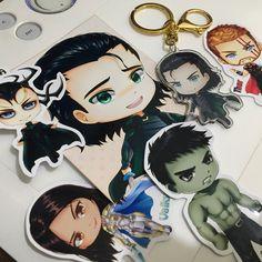 Loki charm is here with everyone from Revengers! Im amazed he's no affraid of Hulk hahaha 😂💚😆