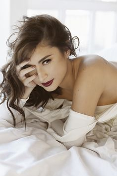 Are you beautiful? Do you feel sexy? When asked these questions, some women would cringe while most would immediately say no. Coleen Garcia, I Am Beautiful, Boudoir Poses, Beauty Shots, Women Empowerment, Photoshoot, This Or That Questions, Sexy, Photography