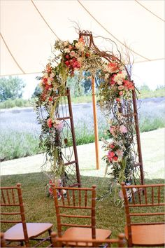 DIY Wedding! Incorporating diy elements into your wedding gives every detail a personal touch like this gorgeous wedding arch! #flowers #bride #arch