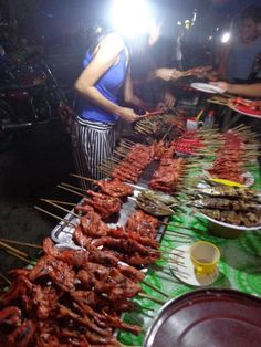 Bbq in Oslob. Some streetstyle dinner Shrimp, Bbq, Meat, Dinner, Food, Barbecue, Barrel Smoker, Suppers, Essen