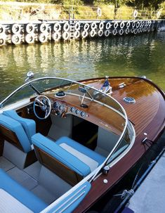 Riva boats These super-sleek mahogany craft synonymous with retro Riviera glamour never seem to lose their appeal, says Charlotte Abrahams http://howtospendit.ft.com/boats/31863-riva-boats