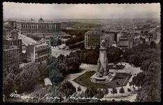 La Plaza de España en los años 50.