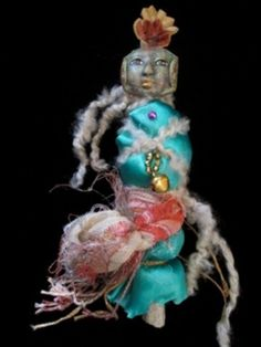 The Great Treasure of Life Spirit Doll. Incredible Face Made by Linda at Linstart on Etsy. Doll Created by Brigit Snyder.     Organizer