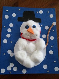 bonhomme de neige en coton Christmas 2017, Christmas Ornaments, Fun Crafts, Arts And Crafts, Christmas Activities, Bambi, Montessori, Cactus, Animation