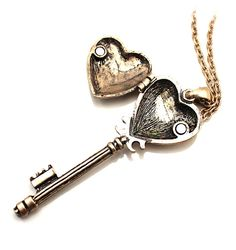 Steampunk, Vintage Key Necklace with Case Long Pendant Necklace, Key Necklace, Key Pendant, Chain Necklaces, Heart Shaped Necklace, Vintage Keys, Heart Jewelry, Steampunk, Poison Ring