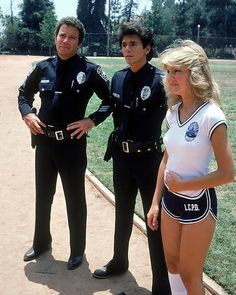 T.J. Hooker sexy Heather Locklear In Shorts William Shatner Adrian Zmed Poster