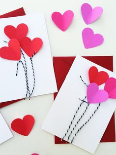 Heart Balloon cards for Valentine's Day. 3 easy Valentine's crafts that are easy for kids to make from jane-can.com.
