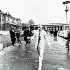 Gunter Brus, Wiener Spaziergang (1965)