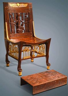 Tutankhamun's chair and footstool - Photo Mahmoud Hassan Ancient Egypt Civilization, Ancient Egypt Art, Old Egypt, Egyptian Furniture, Ancient Artefacts, Egyptian Art, Furniture Styles, Furniture Design, Chinoiserie
