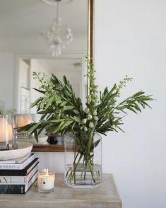 Interior Design Inspiration, Home Decor Inspiration, Home Interior Design, Interior Decorating, Home Living Room, Living Room Decor, Delphinium, New Energy, My New Room