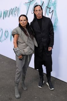 Michele Lamy and Rick Owens Fashion Couple, Fashion Show, Lamy, Eccentric Style, Rick Owens Women, Future Clothes, Advanced Style, Effortless Chic, Dark Fashion