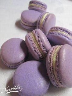 Vanillin macaron | Nassolda Food N, Food And Drink, Hungarian Desserts, Meringue, Macaroon Cookies, Macarons, Biscuits, Deserts, Muffin