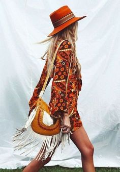 chic bohemian boho style hippy hippie chic bohème vibe gypsy fashion indie folk the . Hippie Style, Estilo Hippie Chic, Estilo Boho, Gypsy Style, Boho Gypsy, Bohemian Style, Hippie Boho, Bohemian Bag, Ibiza Style