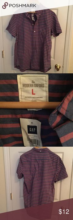 Men's Large Modern Oxford from Gap NWT A nice Oxford polo style striped shirt from Gap in a men's size large. Lightweight material is that of a dress shirt and not standard pique cotton. Very nice. Shirt tail hem with contrasting inset at seams. New with tags. GAP Shirts Polos