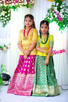 Hi to get your outfit customized Contact us WhatsApp/Call : 9059019000 Source by srinithiboutiquee Blouses Long Frocks For Girls, Dresses Kids Girl, Baby Dresses, Kids Indian Wear, Kids Ethnic Wear, Kids Lehenga Choli, Kids Lehanga, Kids Dress Wear, Kids Wear