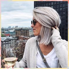 Silver grey hair is the cool-toned shade that winter was made for hair How to get grey hair in isolation just like Bella Hadid (who looks pretty damn major) Blonde Hair Going Grey, Grey Hair Over 50, Silver Blonde Hair, Short Grey Hair, Blonde Color, Short Hair Styles, Grey Hair Bob, Grey Hair Styles, Grey Hair Colors