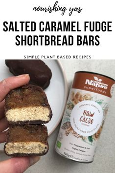 Vegan & Nut Free Salted Caramel Fudge Shortbread Bars | Nourishing Yas - Simple Plant based Recipes #vegan #veganrecipes #vegandesserts #chocolate #veganchocolate #nobake #nutfree #healthyrecipes #plantbased #cacaopowder