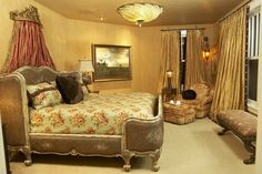 Bedroom by Shelly Riehl David | Bedrooms | Photo Gallery Of Beautiful Decorated Rooms