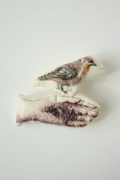 Broche oiseau .Le jaseur boréal