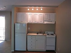 New Apartment Rental Diy Basements Ideas - Modern Small Apartment Kitchen, Small Space Kitchen, Compact Kitchen, Mini Kitchen, Small Basement Kitchen, Small Kitchens, Small Bathrooms, Kitchen Shelves, Small Spaces