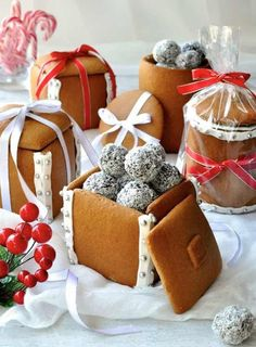 You'll love to make these Gingerbread Boxes and Mason Jars and they're a delicious edible Christmas gift. The Mason Jar is made simply by wrapping dough around a can! You don't need any cookie cutters, mixers or any special equipment to make these.They're much easier to make than a traditional Gingerbread House. Edible Gingerbread Boxes …