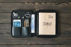 iPad mini Leather case. Zipper leather folio. Handmade iPad