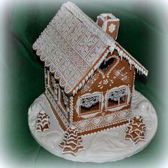 Medovníková chalúpka ako z rozprávky Gingerbread cottage - absolutely perfect, looks like from fairytale!!!