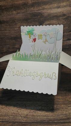 Pop-up card #lawnfawn #alexandrarenke #charlieundpaulchen Lawn Fawn, Pop Up, Cake, Cards, Popup, Kuchen, Torte, Cookies, Cheeseburger Paradise Pie